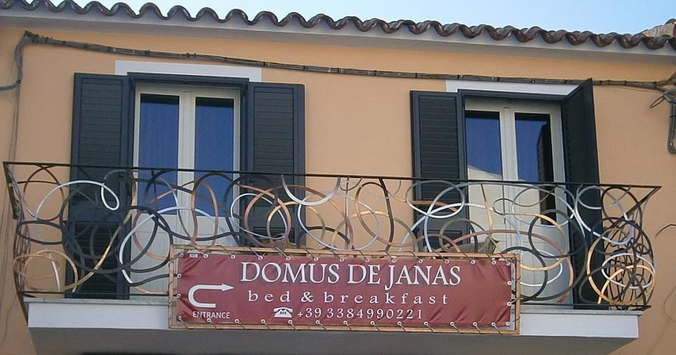 14_balcone-su-corso-piazza-camera-rossa